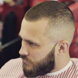 potongan rambut pria gundul