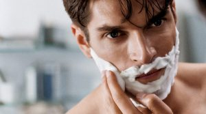 menumbuhkan kumis dan jenggot