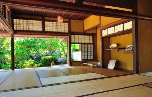 rumah Jepang kayu open space