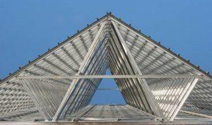 baja ringan atap rumah