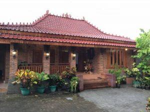 Rumah Adat Limasan Jawa