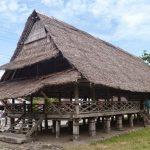 Rumah Adat Maluku Baileo