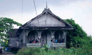 Rumah Palimbangan Kalimantan