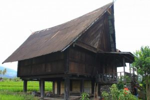 Rumah Tatahan