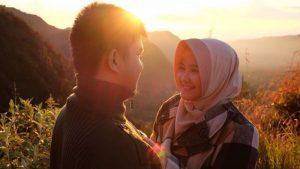 foto pasangan romantis