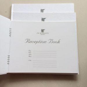 desain model buku tamu putih polos bagus