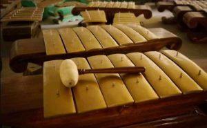 Demung - alat musik tradisional Solo Jawa Tengah